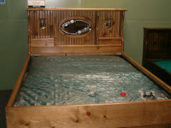 Crestwood Hardside Waterbed